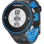 La montre GPS Garmin Forerunner 620 bleue et noir